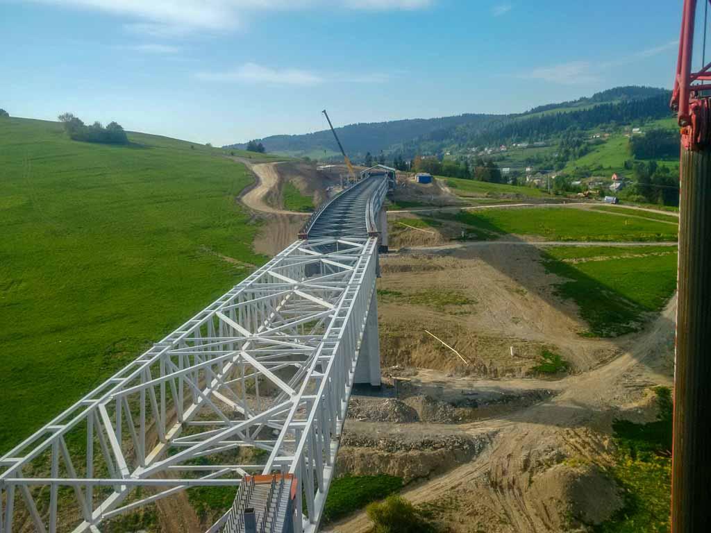 Obec-Skalite-Dialničný-most-Oceľový-mosť-zo-železa-Promont