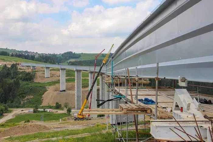 Výroba montáž ocelových mostov - dialnični most