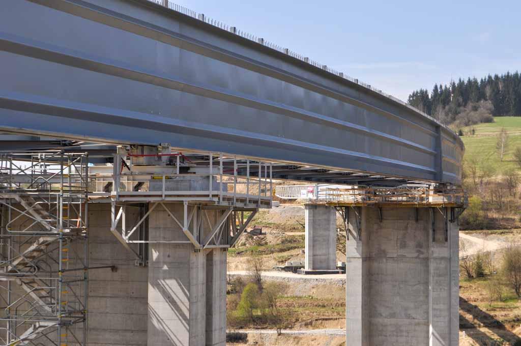 SO-242-Oceľový-most-Promont